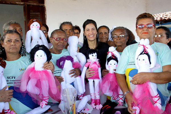 Primeira dama Camila Holanda comanda programa Todos por São Luís na Cidade Olímpica
