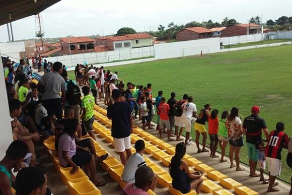 Competições de futebol serão realizadas no Estádio Municipal Dário Santos , o Caldeirão do Peixe.