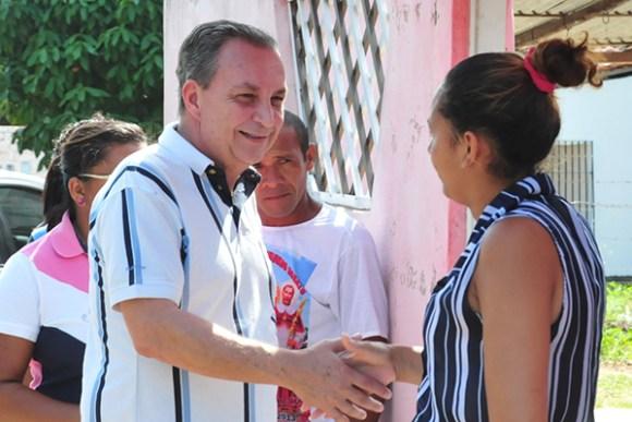 Luis Fernando inicia atividades de campanha conversando com os ribamarenses.
