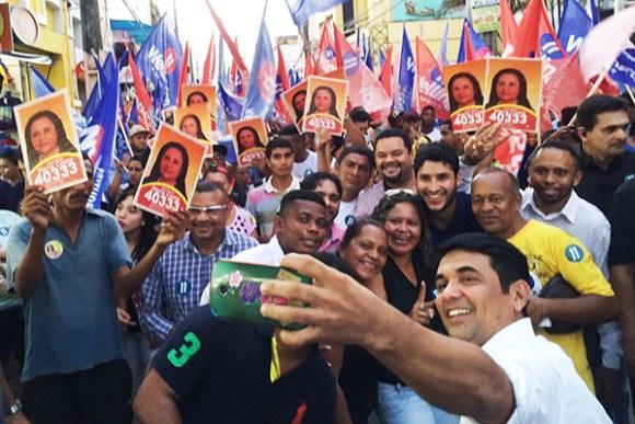 Candidato Wellington do Curso  abre campanha com caminhada no Centro de São Luís