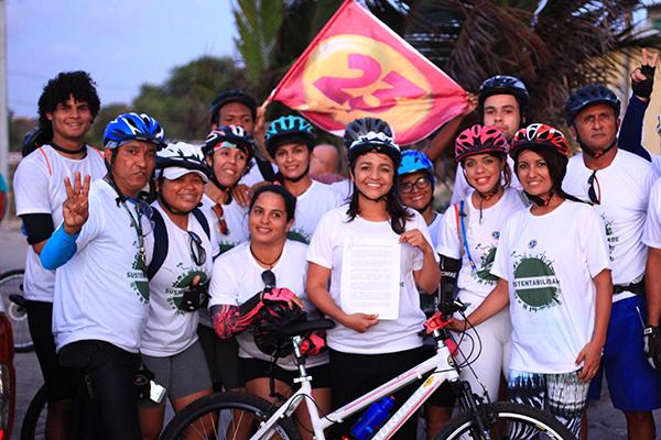 Eliziane participa de Passeio Ciclístico e reafirma compromisso com ciclistas de São Luís
