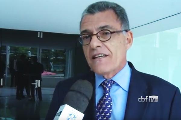 Vice-presidente da CBF, Fernando Sarney parabeniza o Moto Club pelo acesso á Série C em 2017