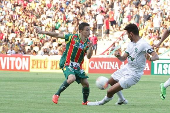 atacante Pimentinha está recuperado e pode ser uma da opções do técnico Flávio Araújo
