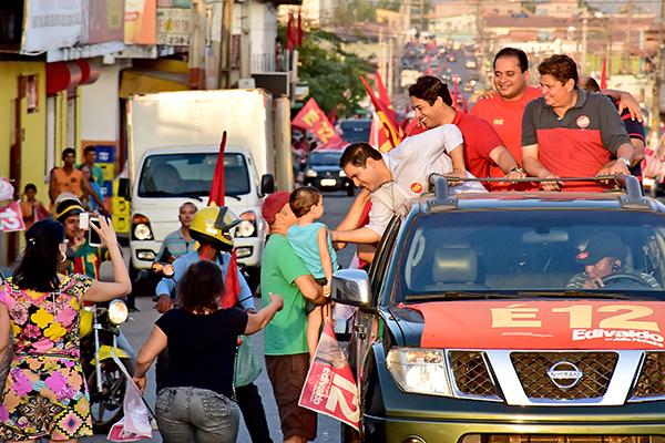 Mega carreata Edivaldo 12 percorre Cohatrac, Cohab e Cruzeiro do Anil