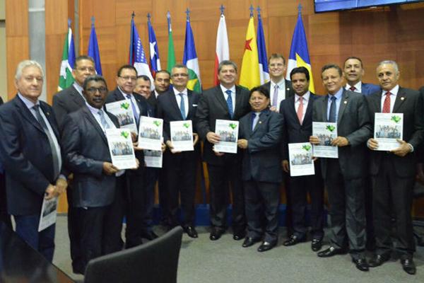 Edilázio representa Assembleia em evento da Amazônia Legal no Mato Grosso
