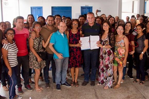 Luis Fernando participa de roda de debates do SINPROESEMMA e reafirma compromisso com a Educação