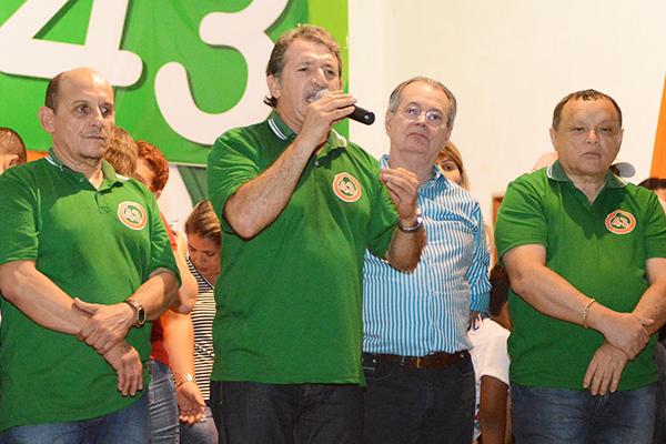 Vice Talvane Hortela, prefeito Magno Bacelar e os deputados Levi Pontes e Paulo Neto