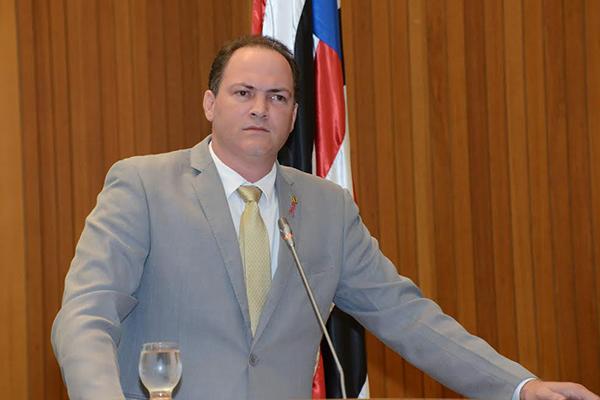 Deputado Sousa Neto cobra promessas do Governo Flávio Dino para os militares