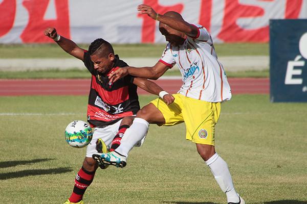Volante Diego Teles enfrentou o Moto no mata mata pelo Campeonato Brasileiro Série C