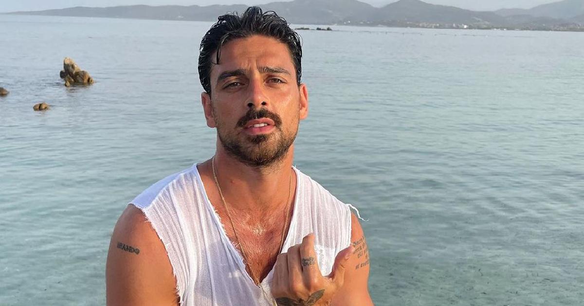 Michele Morrone nudo sul set di 365 giorni 2: foto online, l'attore sbotta
