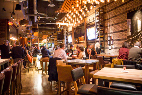 Reds Midtown Tavern BlogTO Toronto
