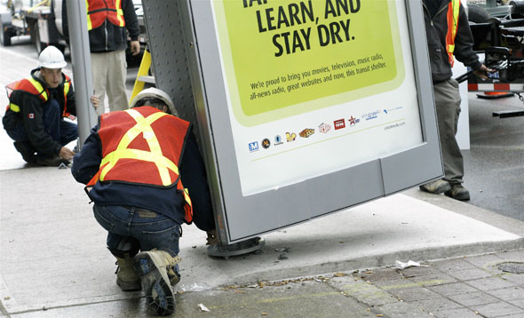 New TTC bus and streetcar shelters erected in Toronto