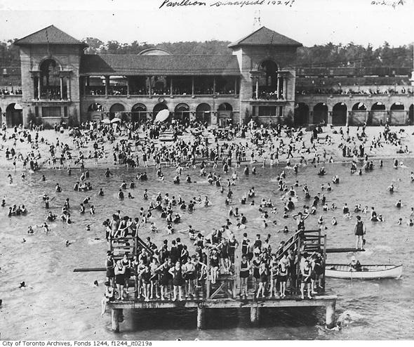 2012417-sunnyside-bathing-station-1924-f1244_it0219a.jpg