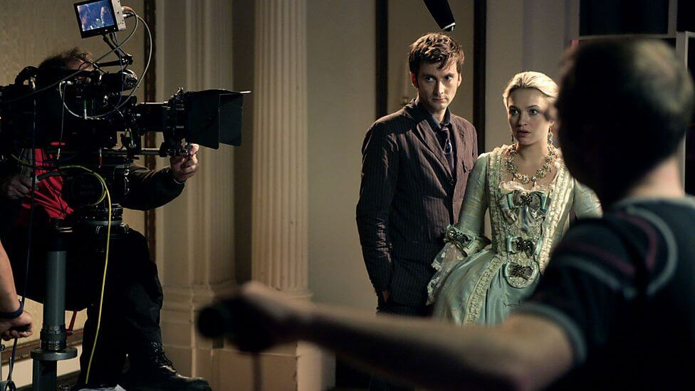 Behind the scenes – Doctor Who – The Girl in the Fireplace (c) BBC