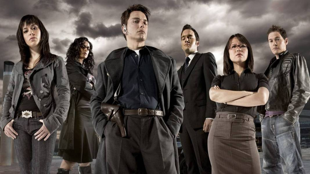 Torchwood Cast (c) BBC