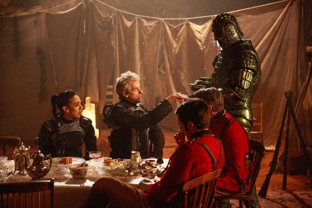Doctor Who S10 - Empress of Mars (No. 9) Bill (PEARL MACKIE), The Doctor (PETER CAPALDI), Catchlove (FERDINAND KINGSLEY), Godsacre (ANTHONY CALF), Friday (RICHARD ASHTON) - (C) BBC/BBC Worldwide - Photographer: Simon Ridgway