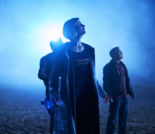 Doctor Who - Series 2 - Epzo (SHAUN DOOLEY), Graham (BRADLEY WALSH), The Doctor (JODIE WHITTAKER) - (C) BBC / BBC Studios - Photographer: Coco Van Opens