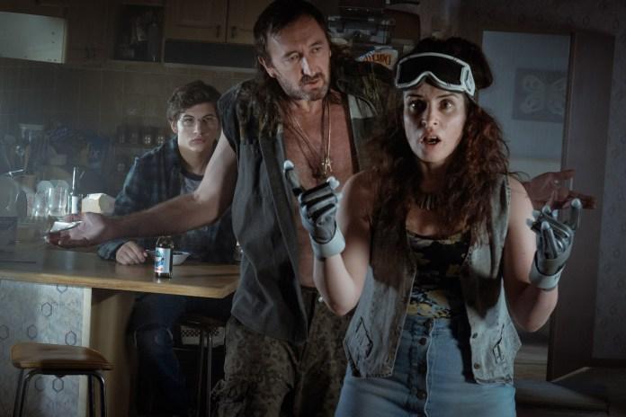 Susan Lynch as Aunt Alice, alongside her nephew Wade (Tye Sheridan) and Rick (Ralph Ineson) in Steven Spielberg's Ready Player One (c) Amblin Entertainment