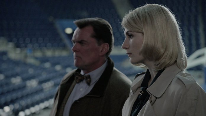 Sandy Grimes (Jodie Whittaker) and her boss Arthur O'Neill (Stuart Milligan) receive their orders (c) ABC