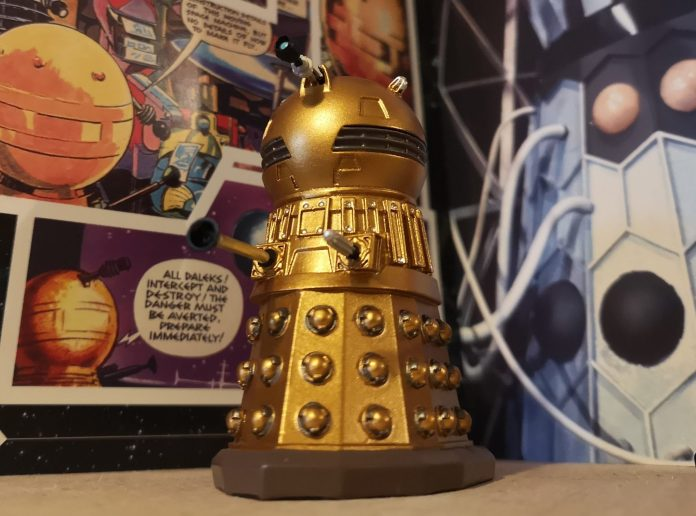 The Dalek Golden Emperor Figurine Photo (c) Blogtor Who Time Lord Victorious Doctor Who TV Century 21 Daleks Hero Collector