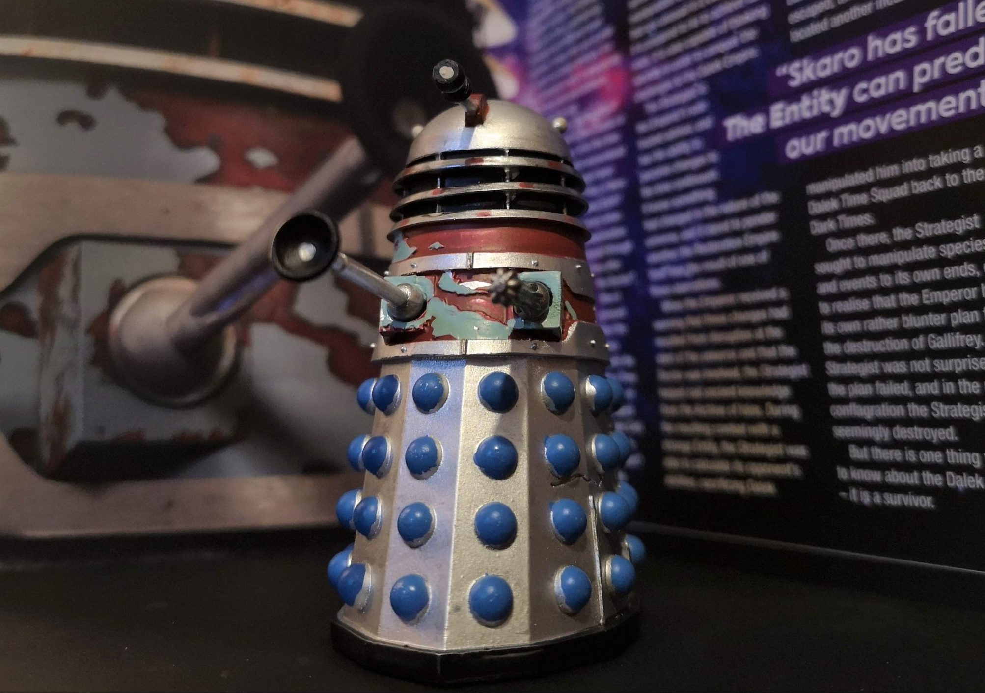 The Dalek Executioner and Strategist from Hero Collector (c) Blogtor Who Doctor Who Time Lord Victorious DALEKS! Exit Strategy Dalek Strategist