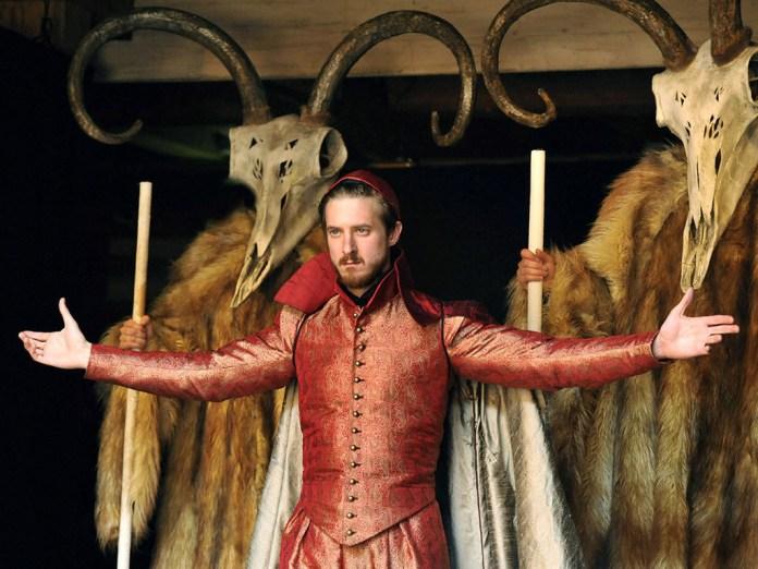Arthur Darvill (seen here as Mestipholes in Dr. Faustus) plays Shakespeare in The Sandman (c) Shakespeare's Globe Neil Gaiman Audible
