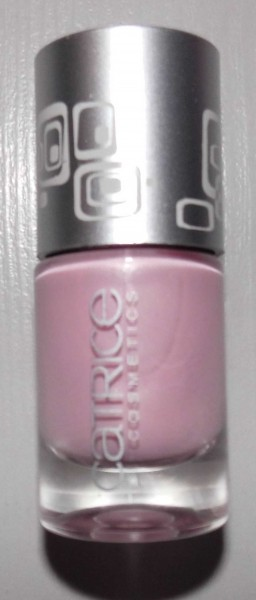 Catrice-Limited-Edition-Creme-fresh--nail-lacquer-another-pink-panther-2