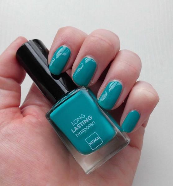 Hema-nagellak-ocean-emerald-ocean-glitter-en-chalky-eyeshader-3