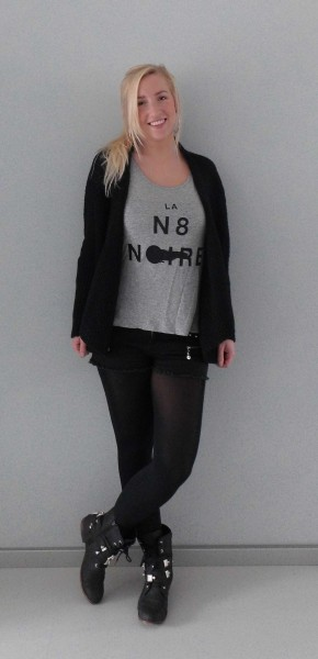 OOTD-outfit-of-the-day-vest-new-yorker-black-en-grey-shorts-primark-3