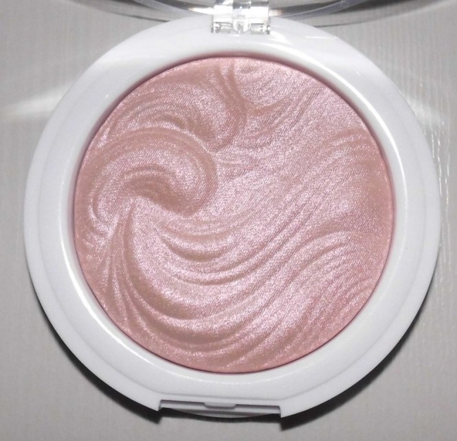 MUA-shimmer-highlighter-3