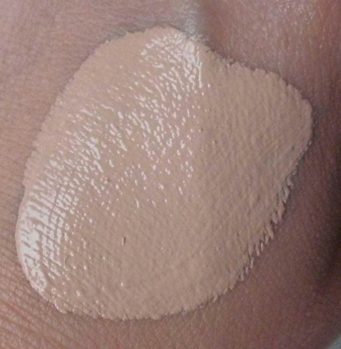 Review-Catrice-Photo-Finish-foundation-rosy-beige-6