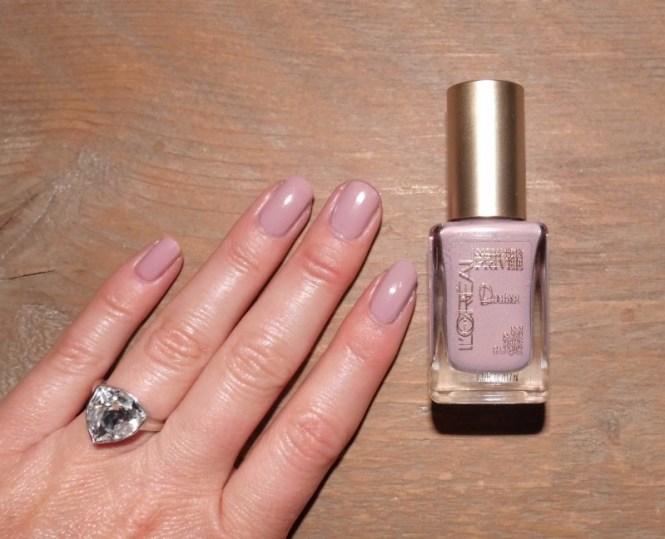 NOTD-nagels-L'Oréal-Collection-Privee-Doutzen-Nude-nailpolish-nagellak-review-7