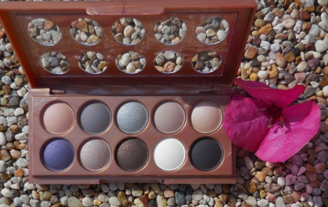 Review-Nyx-Dream-Catcher-palette-Stormy-Skies-swatch-2