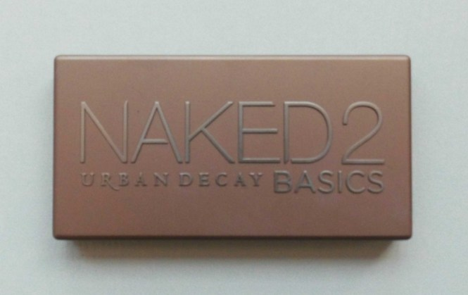 Trend-look-tutorial-herfst-2014-New-Nude-Urban-Decay-Naked-the-basics-2-palette