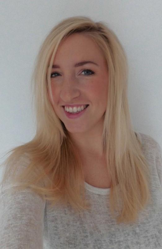 blond-haar-minder-geel-koeler-haar-schwarzkopf-reflex-silver-zilver-shampoo-paars-minder-warm-3