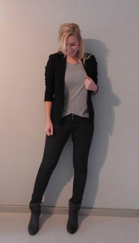OOTD-outfit-of-the-day-what-i'm-wearing-netjes-casual-grijs-shirt-zwart-colbert-boots-grijze-laarsjes-werk-Hema-Zara-Forever21-en-stradivarius-1