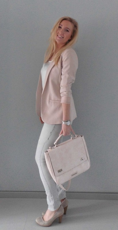 OOTD-outfit-one-bag-two-styles-expresso-tas-bikkel-colbert-werk-hm-van-haren-en-bershka-budget-business-chic-WE-blondiebeautyfashion-2