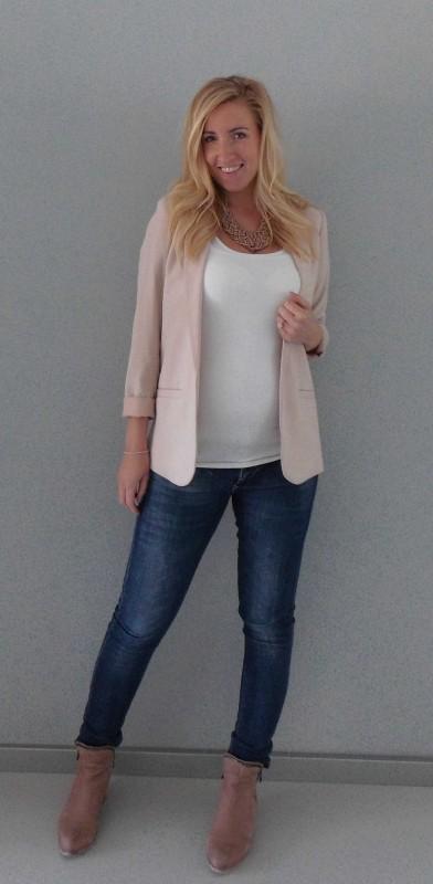 OOTD-outfit-of-the-day-zwanger-zwangerschap-pregnant-werk-netjes-colbert-forever-21-jeans-boots-1