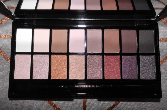 Review-Makeup-Revolution-Iconic-Pro-1-Palette-budget-swatches-4
