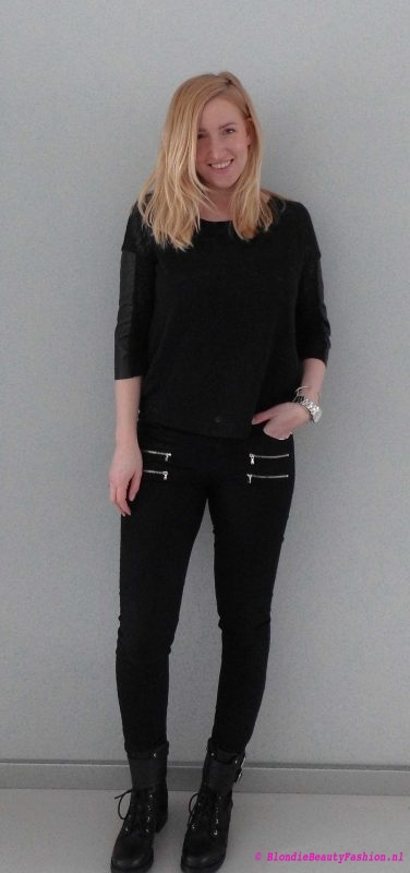 OOTD-outfit-of-the-day-boots-zwart-black-stoer-casual-stradivarius-forever21-look-style-1
