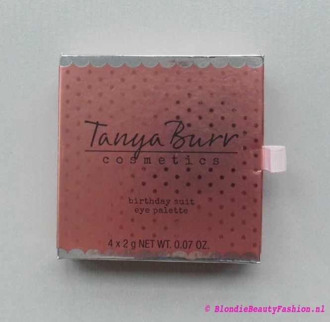 Review-Tanya-Burr-oogschaduw-enchanted-dream-birthday-suit-new-chapter-7