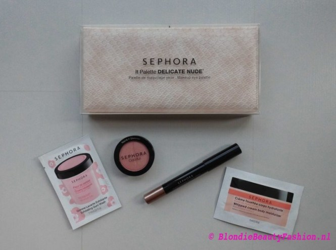 review-test-Sephora-It-palette-delicate-nude-eyeshadow-hippie-girl-eyeliner-crayon-taupe-1