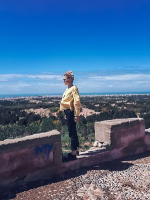 essaouira, girl, view, mountains, city