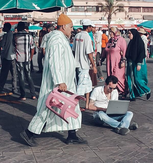 freelancer square morocco laptop sitting