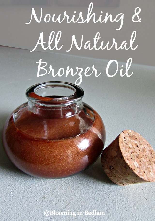 Nourishing & Natural Bronzer Oil with Coconut Oil, Shea Butter, & Bronze Mica to give you a natural tan glow you can customize to your skin type. #greenbeauty #greenbeautyproducts #nontoxicskincare  #naturalbeauty #nontoxicmakeup #holisticmakeup #organicmakeup #detoxifiedmakeup #cleancosmetics #cleanbeauty