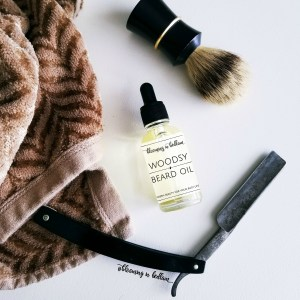 Beards make men look so much more masculine and sexy. But that prickly and tough hair can be itchy and uncomfortable. Woodsy Beard Oil promotes growth and conditions beards naturally with essential oils. This makes a great gift for men. He will smell like a fresh forest and grow the best beard. Husband approved! #seasonalskincare #winterskincare #giftsformen #beardsaresexy #naturalskincare #beardoil #essentialoils #movember #noshavenovember