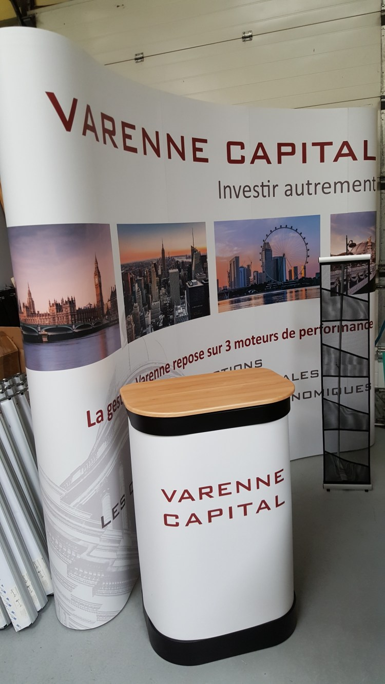 Stand Parapluie – Varenne capital