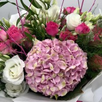 luxury bespoke flower bouquet 1