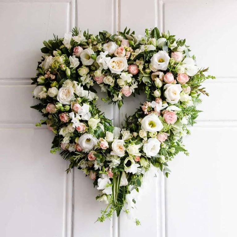 wedding wreath decoration