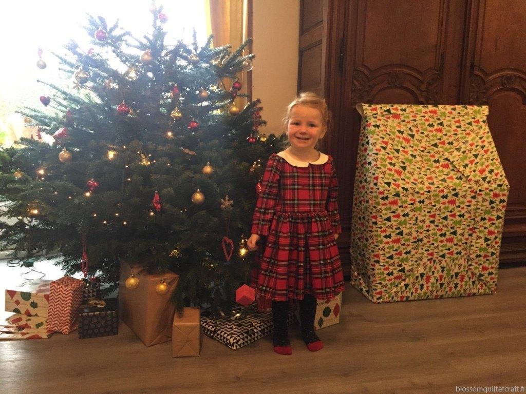Robe de Noel et cadeauxIMG_6711